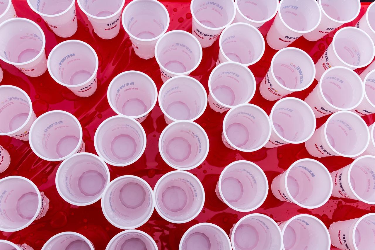 Gobelet en plastique : il y en a pour tous les goûts !